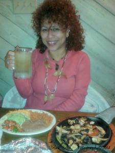 """3/365: """"Fajita Friday"""" at our local Mi Casita restaurant...tired...hungry...margarita is need it or not obligatory!!! LMAO!!! HAPPY NEW YEAR!!! 3/365: """"Fajita Viernes"""" en nuestro restaurante local, Mi Casita...cansada...ambrienta...margarita es obligatorio porque se toma una vez a la semana, necesites o no!!! JAJAJAJAJA!!! FELIZ AÑO!!!"""