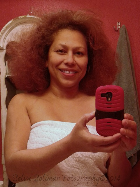 27/365: ...Diana Ross comb out...part of my ritual before I shower! 27/365: ...peinado a la Diana Ross...parte de mi rituo antes de bañar me!