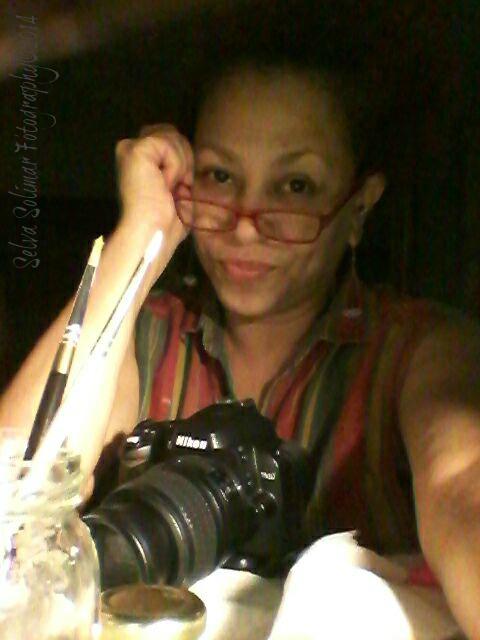 113/365: me and Niko...my trusty Nikon! :) Working on catching up on paintings! Only a few weeks left! WOOT! 113/365: yo y Niko...mi camara Nikon! :) Trabajando duro para poner me al corriente en mis pinturas! ¡Sólo faltan unas semanas! WOOT!
