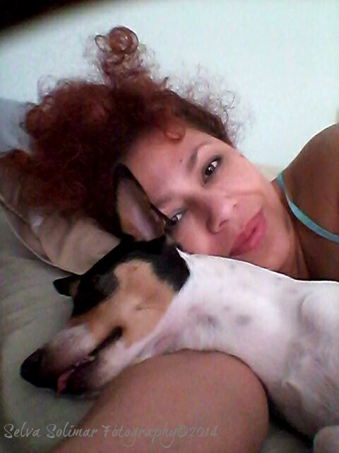 117/365: waking up with yesterday's make-up and Kody's cute little face...he is passed out! LoL!!! ...look at his little tongue!!! hahahaha!!! 117/365: despertando me con el maquillaje de ayer y la carita de Kody...el esta durmiendo! JA!!! ...miren esa lenguita!!! jajajajaja!!!